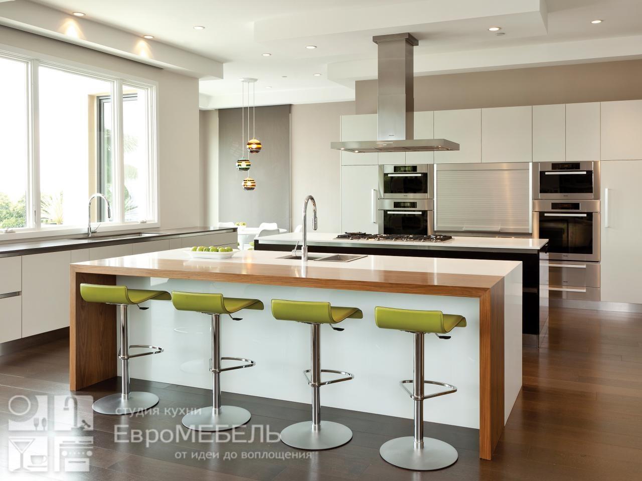Белая кухня Модерн с островом