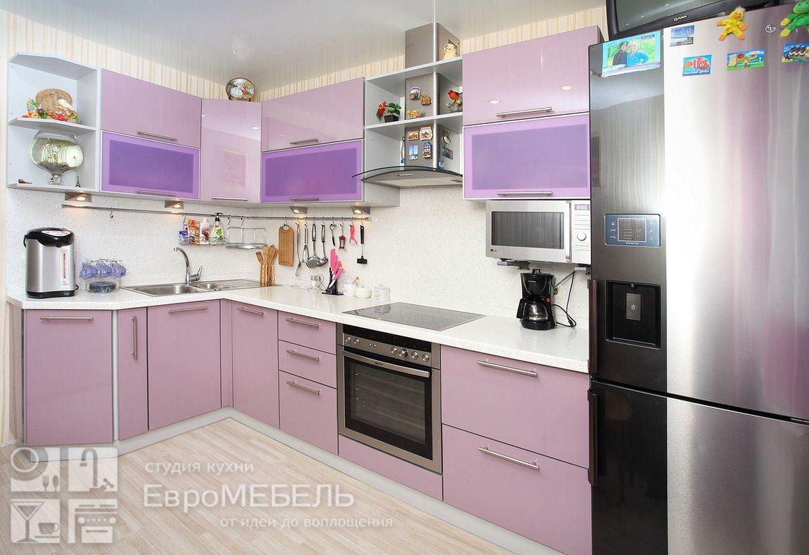 Лиловая пластиковая кухня